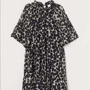 H&M A-LINE TIERED MINI DRESS
